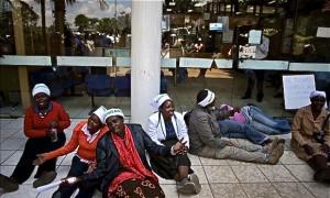 33-Kenya-toilet-protest